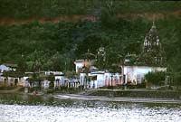 Tempel am See von Ramtek